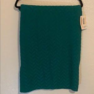 LuLaRoe Cassie pencil skirt